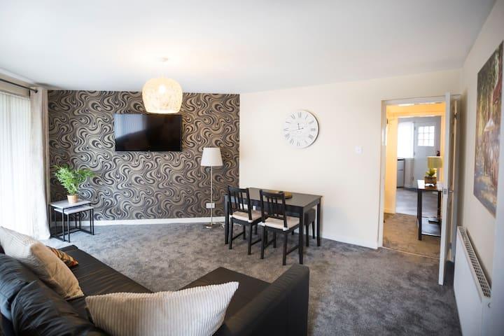 Lomond Serviced Apartments- Emirates