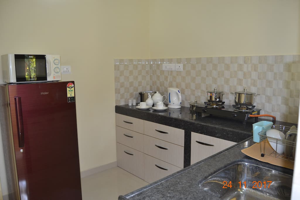 Kitchen : All appliances ,crockery and cuttlery