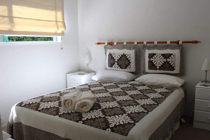 Parsloe's Cottage ~ Master Bedroom