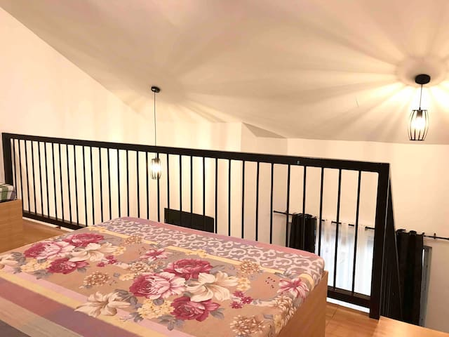 ❤️Staycation Loft❤️nearby Laiya beach#TheWhiteLoft