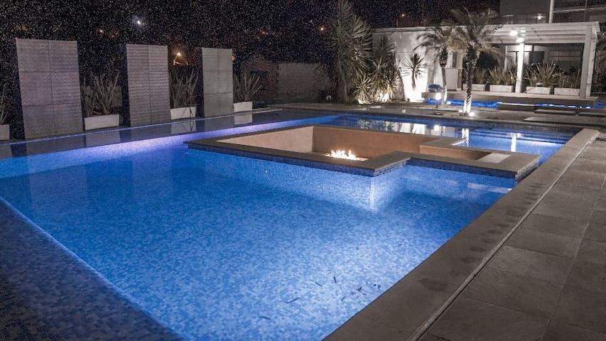 6 bedroom vip modern luxury villa
