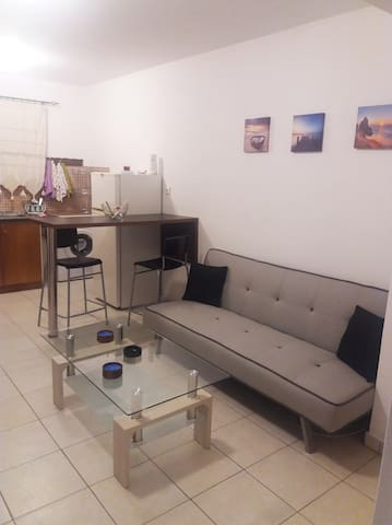 Semi-basement 50sqm apartment near Kos citycenter