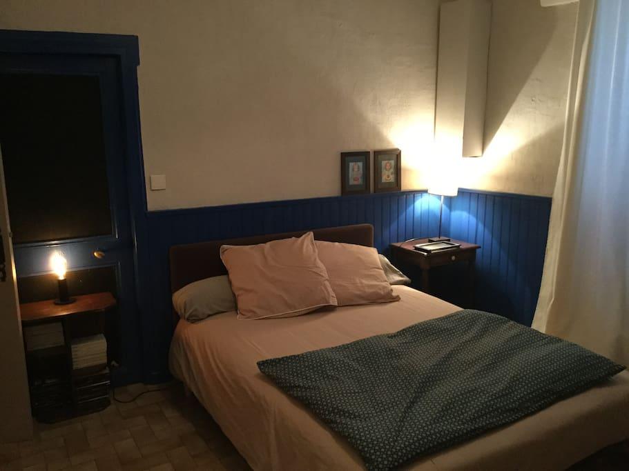 La chambre bleue, 1 lit double.