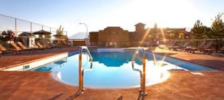 Luxurious Cottage @ La Casa Lakeside Resort