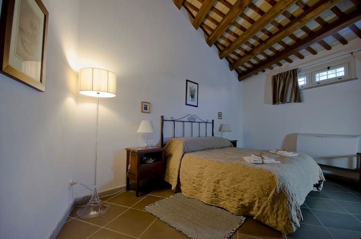 "Pietre Antiche Residence ""Begonia upper floor"""