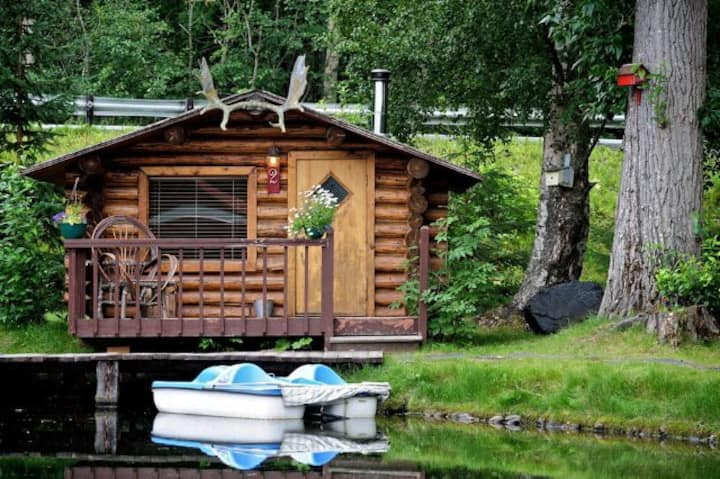 Eagle's Peak, a private cabin on the pond