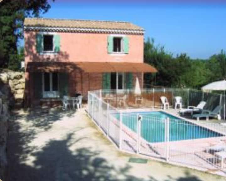 Ravissante maison provençale