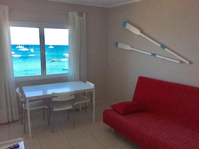 Seafront-Apartment ELOISA