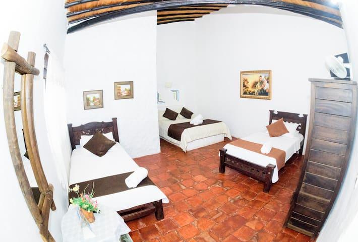 Confortable Habitación para grupos y familias.