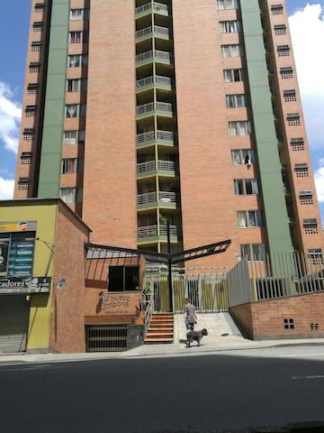 Habitación en el centro de Medellín