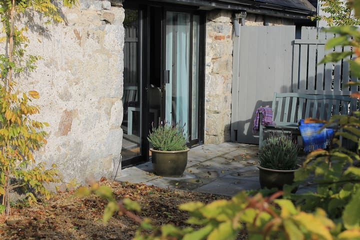 Converted Barn in lush Carlow Countryside