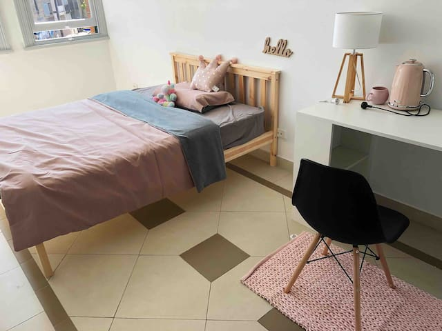 SoHoSoHo—your small and comfort nest 16