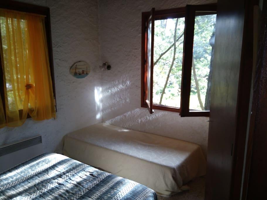 le lit double et le simple