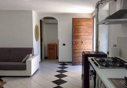 I Vignali -appartamento intero € 50 (2-4 persone)