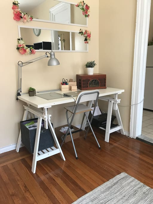 Living Room, desk/work space