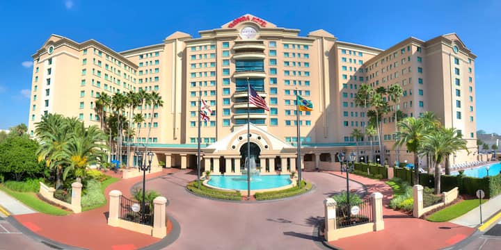 Orlando Room in Luxury Hotel close to Theme Parks