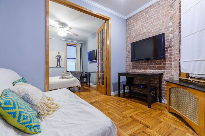 COZY APARTMENT IN TIMES SQUARE & CENTRAL PARK