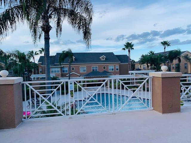 Private Room and bathroom Orlando