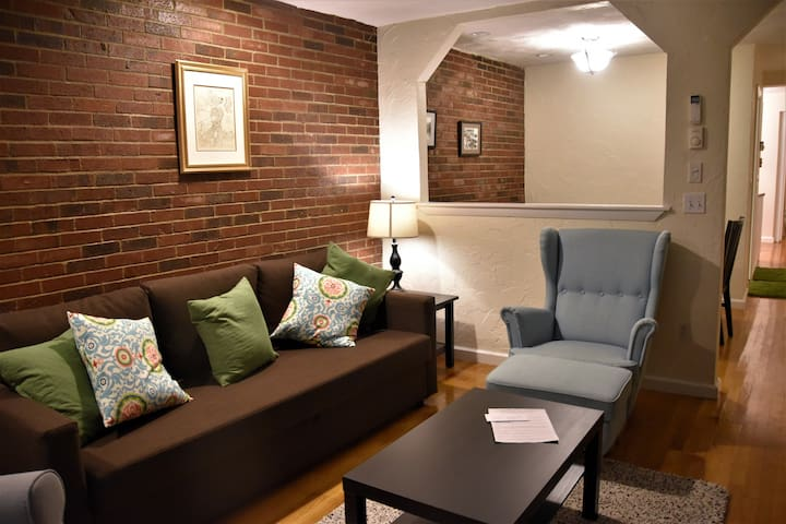 Large 1-Bed. Condo in the Heart of the North End