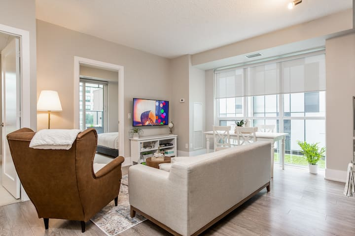 Breathtaking 3-Bedroom in the Heart of Downtown