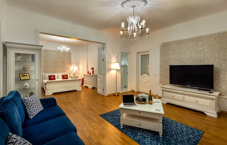 Intercontinental Ap* Near Old City Center* 120 m2