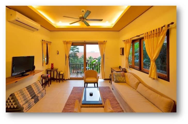Villa Suite at Poolside for rent - Mae Rim  - Hus