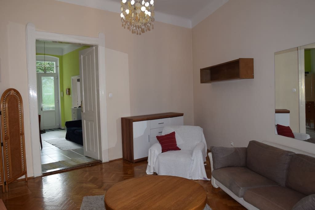 Nappali (living room)