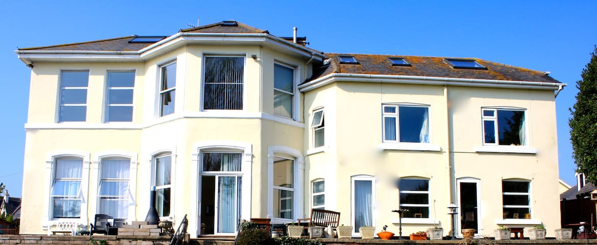 Southlawn Apartment 3 Beds Sleeps 6 - Teignmouth - Leilighet