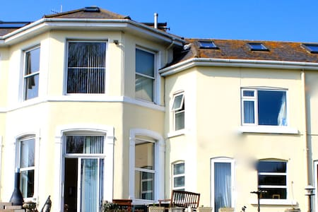 Southlawn Apartment 3 Beds Sleeps 6 - Teignmouth