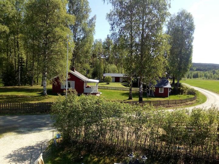 Enklare Fritidshus nära badsjö
