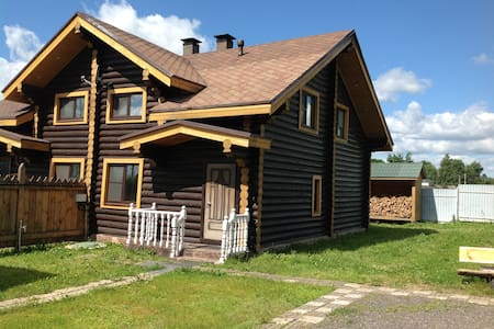 Дом в старорусском стиле, 7 спален и дровяная баня
