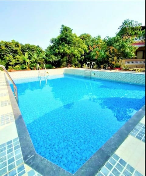 TWT 1002/04   Peaceful stay at Alibaug
