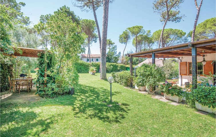 Holiday cottage with 2 bedrooms on 95m² in Punta Ala -GR-