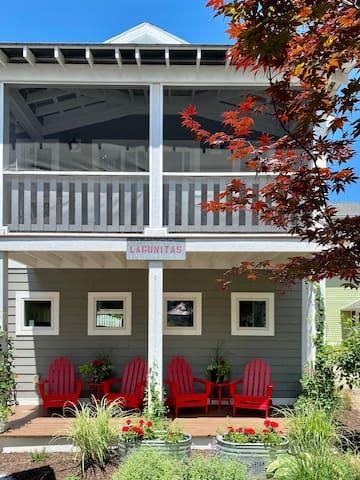 Lagunitas Coach House in Beachwalk, Lake Michigan