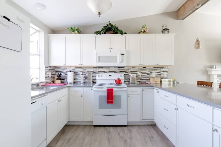 Parker DTC Area Stunning Home Away From Home