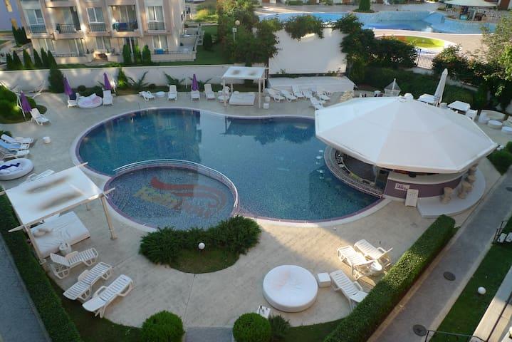 Сдаются 2 одинаковые квартиры- студии в Болгарии - Sunny Beach