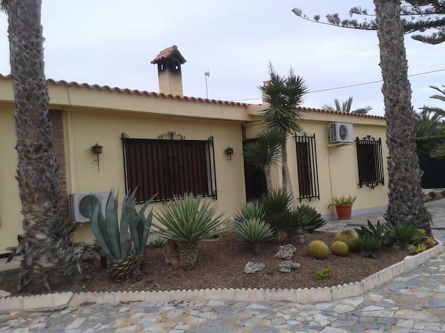 Villa Casa Irlanda  Alicante
