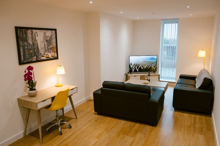 4-Bed Apartment Royal Winchester