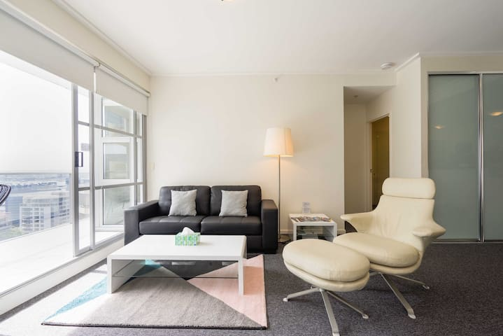 Superb Comfy CBD Two Bedroom