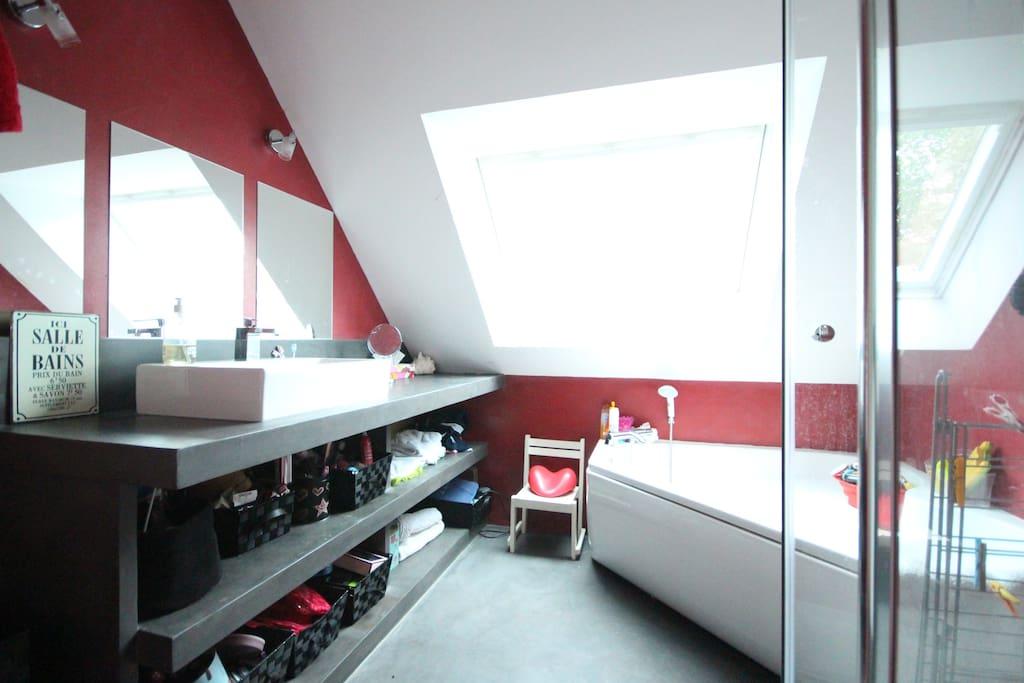 Maison spacieuse pour famille dans centre vertou h user - Centre commercial pour la maison ...