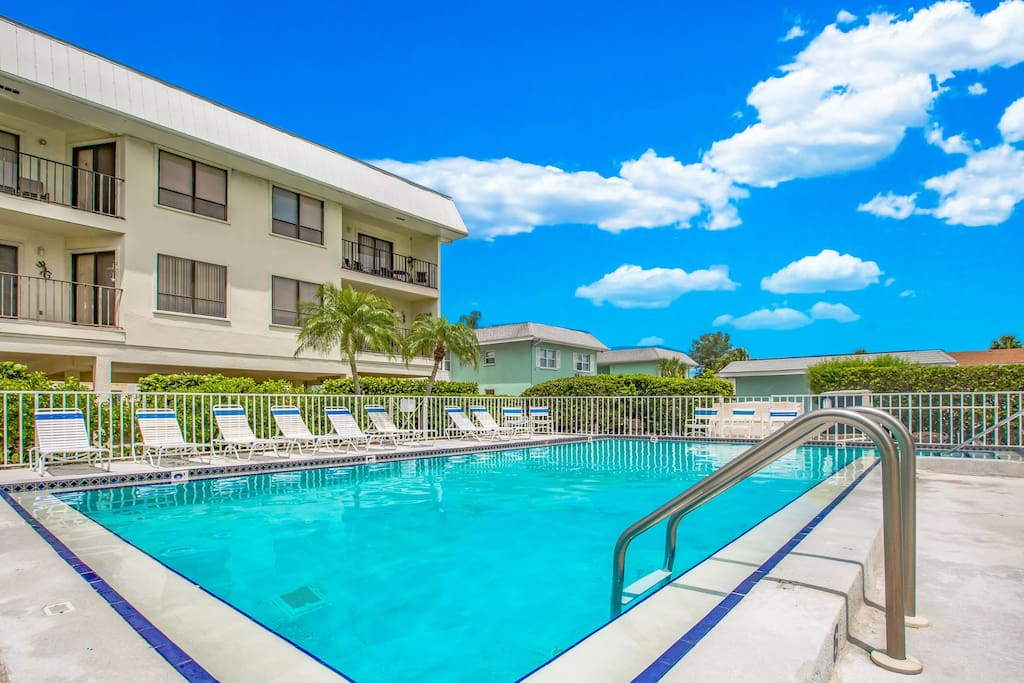 One of the largest heated pools an Anna Maria Island