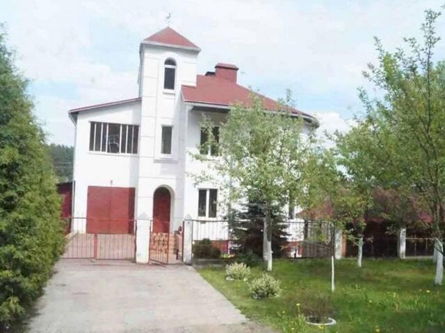 Сказочный коттедж в Минске, п.Зацень