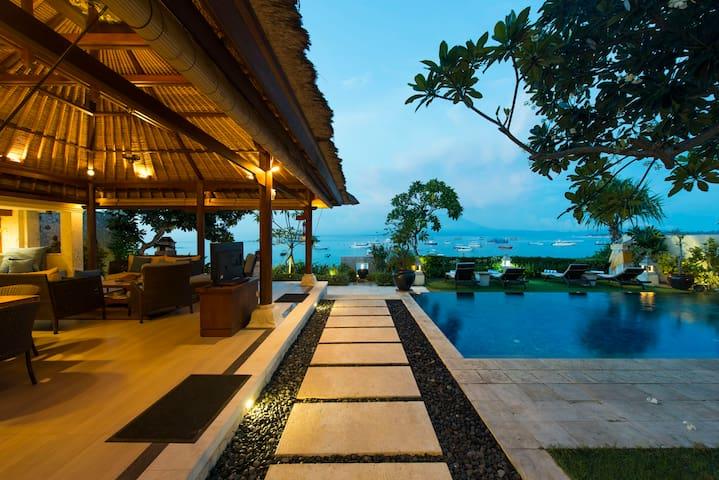 Celagi Villa, NusaLembongan