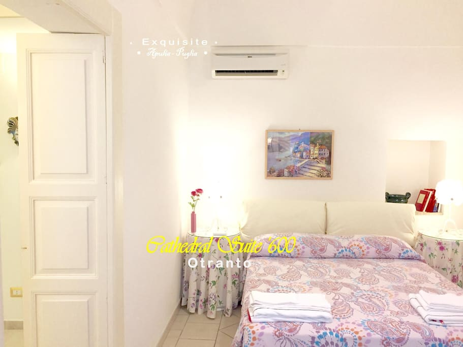 Exclusive Suite n.1   Camera matrimoniale Suite n.1