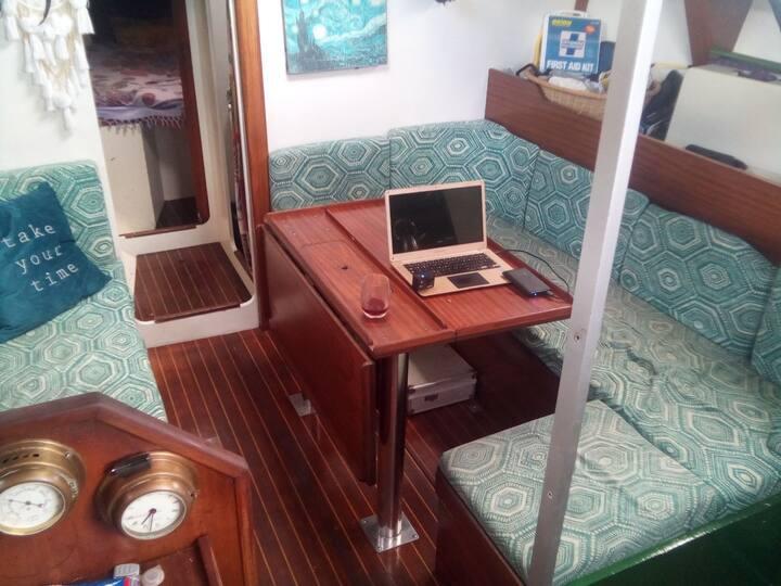 Disfruta las aguas del mar Caribe a bordo