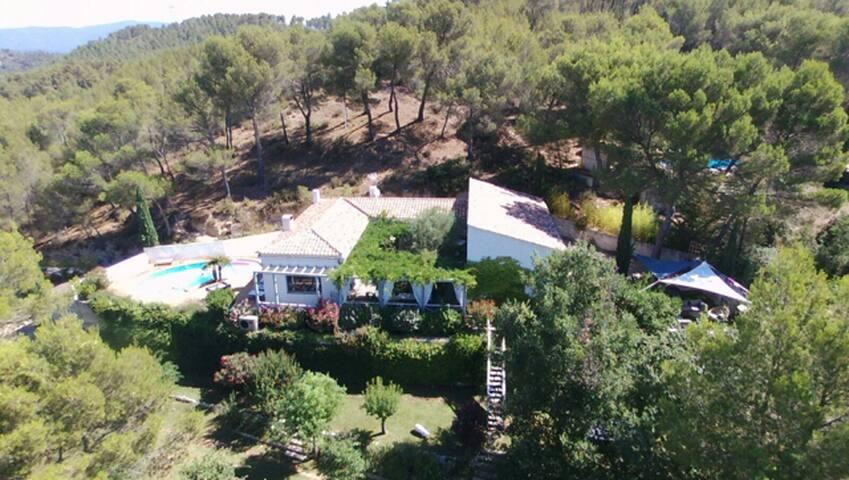 Villa provencale dans le Luberon - Rognes - Ev