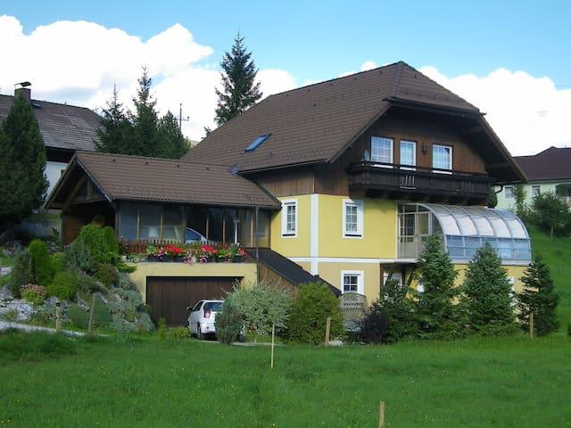 Gästehaus Elk - Appartement 2 - Mauterndorf