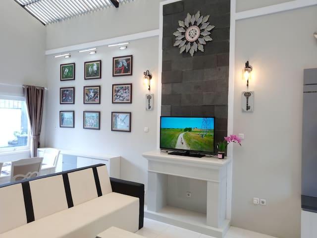 Wisma Lion - Family Villa in Tawangmangu