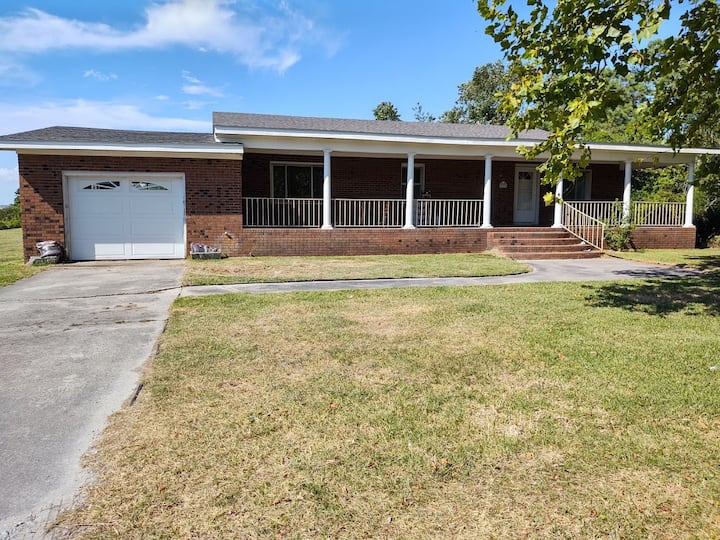 Southern Crystal Coast 3bed 2 bath 11 miles 2 town