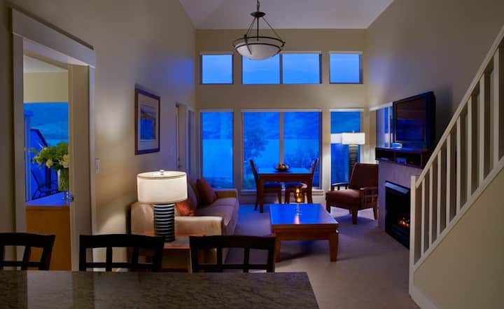 Retreat To Our Luxury Okanagan Lake Resort